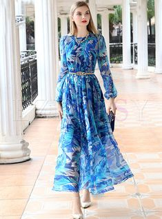 Silk Print Patch Slit Maxi Dress Maxi dress with imprinted silk print White Maxi Dresses, Maxi Dress With Sleeves, Floral Maxi Dress, Chiffon Dress, Chiffon Saree, White Chiffon, Short Beach Dresses, Dress Long, Mode Hijab