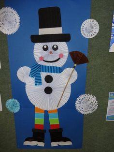 sněhulák ze skládaného papíru