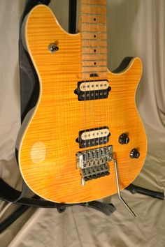 1998 PEAVEY WOLFGANG EVH AMBER ARCHTOP D-TUNA 6 STRING GUITAR w/OHSC