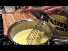 Pasteis de Natas ! - YouTube Portuguese Desserts, Portuguese Recipes, Portuguese Food, Natas Recipe, Mini Desserts, Dessert Recipes, Azores, Deserts, Cooking Recipes