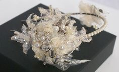 Lace double side tiara The Hayworth.
