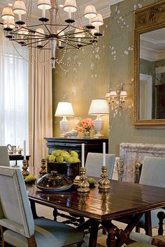 Editor's Miscellany: Color His World | New England Home Magazine....Traditional dining room