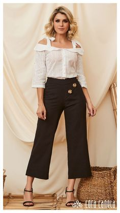 Business Outfits Women, Women's Fashion, Fashion Design, Casual Outfits, Clothes For Women, Jeans, Girls, T Shirt, Beauty