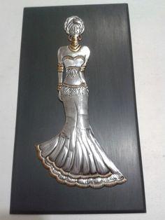 REPUJADO EN ALUMINIO Pewter Art, Pewter Metal, African Paintings, African Art, Metal Worx, Aluminum Foil Art, Soda Can Crafts, Metal Embossing, Metal Art