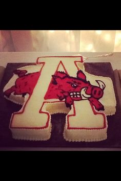 Arkansas razorback cake, grooms cake, winter wonderland wedding