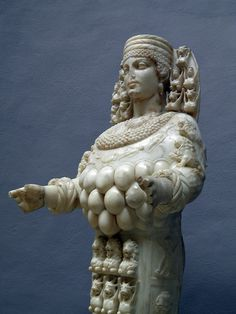 Ephesian Artemis - 125-175 AD, Ephesus Museum, Selçuk, Turkey by Following Hadrian, via Flickr