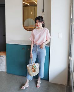 #Dahong(MT)  style2017  #summerlook #Soyeon Fashion Idol, Korea Fashion, Asian Fashion, Daily Fashion, Fashion Outfits, Best Casual Outfits, Korean Outfits, Classy Outfits, Short Women Fashion