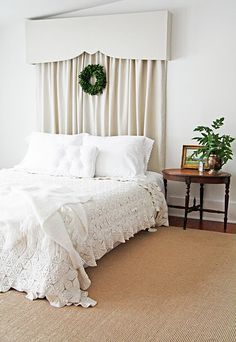 i am not a pelmet girl, but with a window behind out bed i am really digging this look.  from country farmhouse via little green notebook
