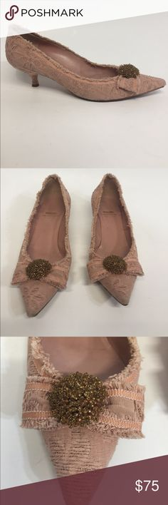 ( MOSCHINO ) Italian  Vintage Woman's shoes Pre-owned  size 6 . Refer at picture for details Moschino Shoes