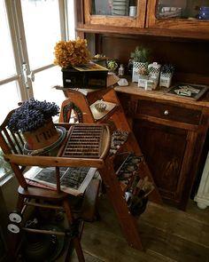 よい日曜日を  #display #rustic #brocante #antique #interior #vintage  #shabbychic #oldstyle #antiques #frenchstyle #decoration #ancien #antiqueshop #lovelyvintage #homedeco #shabby #retro #gardening #industrialantiques #antiquedesign#furniture #ジャンク #レトロ #いなざうるす屋さん #シャビー #古道具 #ブロカント #アンティーク by brocante_de_la_cocotte