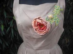 Ajuste fabuloso y llamarada de 1950 vestido por KlassyKlassics
