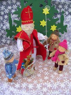 vilten sinterklaas | 111 best images about vilt Sinterklaas / felt Sinterklaas ... Felt Crafts, Easy Crafts, Crafts For Kids, St Nicholas Day, Christmas Crafts, Christmas Ornaments, Waldorf Dolls, Dollhouse Dolls, Felt Dolls