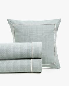Zara Home, Textured Bedding, Check Fabric, Linen Bedding, Bed Linen, Table Legs, Bed Spreads, Towel, Image