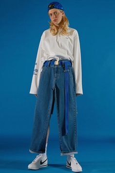 The Women's Fashion Revolution of 2019 90s Fashion, Love Fashion, Girl Fashion, Vintage Fashion, Fashion Outfits, Womens Fashion, Fashion Design, All Jeans, Cool Outfits