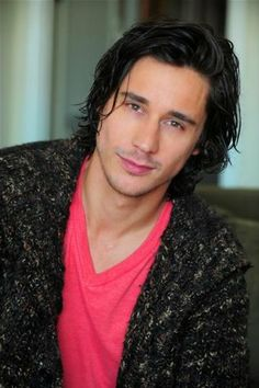 Peter Gadiot - Once Upon a Time in Wonderland// He is so beautiful!!!!!