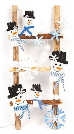 Pop Stick Craft, Craft Stick Crafts, Craft Gifts, Diy And Crafts, Christmas Crafts For Gifts, Christmas Table Decorations, Christmas Projects, Christmas Fun, Wooden Snowman Crafts