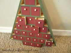 Family Christmas Activity Tree {Christmas Tradition Series}