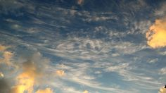 Nubes.  Clouds.