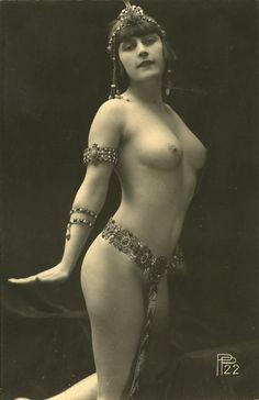 French postcard c.1920