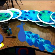 Art: Peacock craft - use the raindrop die cut on the coffee filters Kids Crafts, Arts And Crafts, Kindergarten Art, Preschool Crafts, Coffee Filter Crafts, Coffee Filters, Coffee Filter Art, Classe D'art, Peacock Crafts