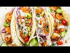 Quick and EASY Homemade Shrimp Taco Recipe. These tacos are loaded with seasoned shrimp, cabbage slaw, cilantro lime sauce, and avocados. Best Shrimp Taco Recipe, Shrimp Taco Recipes, Shrimp Recipes For Dinner, Seafood Dinner, Fish Recipes, Mexican Food Recipes, Shrimp Taco Seasoning, Fish Taco Recipe With Slaw, Shrimp Taco Sauce