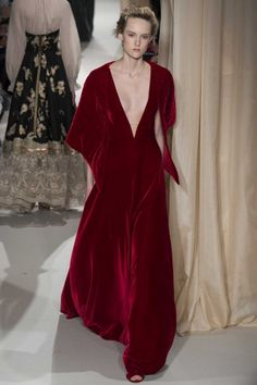 All the runway looks from Valentino: Paris Haute Couture Spring/Summer 2015