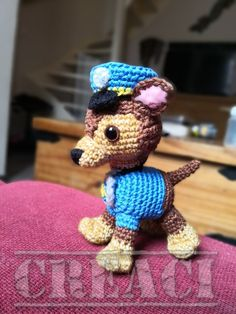 Gratis haakpatroon. Paw patrol: Chase! | pawpatrol | haken | gratishaakpatroon | chase | Creaci2016 Crochet Animal Patterns, Stuffed Animal Patterns, Amigurumi Patterns, Crochet Animals, Pup Patrol, Paw Patrol Party, Cumple Paw Patrol, Patron Crochet, Diy Crochet