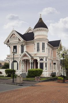 18 x 24 Photograph reprinted on fine art canvas of Historic Victorian home in Eureka California 2012 by Highsmith, Carol M. Victorian Architecture, Beautiful Architecture, Beautiful Buildings, Beautiful Homes, Architecture Design, Victorian Style Homes, Georgian Homes, Pink Houses, Old Houses