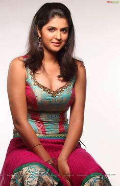 Deeksha Seth Hot Cleavage Photos (Deeksha in Wanted) High Resolution Photos
