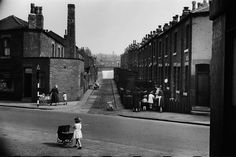 Accommodation Road/Melrose Street, Leeds 1954..Photo by Marc Riboud..