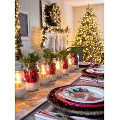 Com a família reunida na mesa de jantar, a ceia é um dos momentos mais importantes do Natal