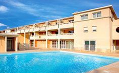 Park&Suites Village Toulon Six-Fours*** - Piscine #toulon #hotel #apparthotel #village #piscine http://www.parkandsuites.com/fr/apparthotel-six-fours-toulon