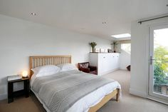 Image gallery of a single storey rear extension and complete internal renovations in London completed by MS Build and Construct Ltd. Loft Conversion Gallery, Rear Extension, Loft Room, House Extensions, Refurbishment, Bed, Building, Architects, Projects