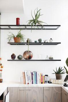 modern open kitchen shelves