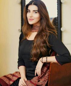 Get best and latest collection of Pakistani Actress Pics at New Talent Production. Also find HD Pakistani Actress Images, Photos and much more. Pakistani Girl, Pakistani Dress Design, Pakistani Dresses, Stylish Girl Pic New, Stylish Girl Images, Pakistani Actress Image, Hareem Farooq, Actress Pics, Girls Dpz