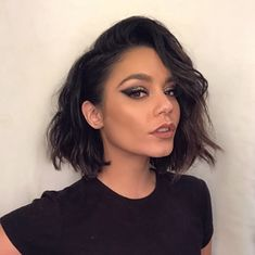 Vanessa Hudgens Makeup, Vanessa Hudgens Short Hair, Vanessa Hudgens Style, Short Hairstyles For Women, Bob Hairstyles, Wedding Hairstyles, Bob Haircuts, Hair Inspo, Hair Inspiration