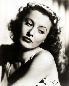 Beautiful Barbara Stanwyck...1930s.