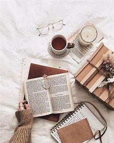 Autumn Aesthetic, Book Aesthetic, Aesthetic Coffee, Aesthetic Black, Aesthetic Grunge, Aesthetic Vintage, Aesthetic Photo, Aesthetic Anime, Flat Lay Photography