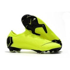 Nike Mercurial Vapor 12 Elite FG Man Boots - Volt Black Size are designed for uncompromising, explosive speed. Choose your favourite model to take control of the game, discount. Nike Soccer Shoes, Nike Cleats, Soccer Cleats, Soccer Goalie, Soccer Gear, Nike Gold, Blue Nike, Ronaldo, Tacos Nike