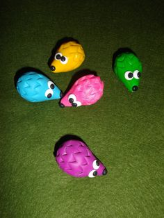 Colourful fimo hedgehogs #crafts #fimo #cernit #polymerclay