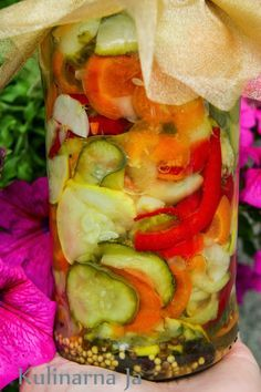Kulinarna Ja: Sałatka z ogórków na zimę I Love Food, Good Food, Yummy Food, Canning Recipes, Salad Recipes, Chutney, Polish Recipes, Appetisers, Tasty Dishes