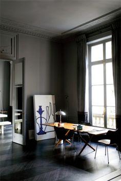 Appartement parisien de la designer d'intérieur Florence Baudoux. Photo RICHARD POWER