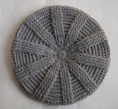 Knit Crochet Beret – Crochet For Beginners Crochet Beret Pattern, Crochet Cap, Crochet Beanie, Easy Crochet, Knitted Hats, Free Crochet, Crochet Patterns For Beginners, Knitting Patterns, Free Knitting