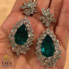 Harry Winston earrings @yafasignedjewels HarryWinston emerald and diamond earrings