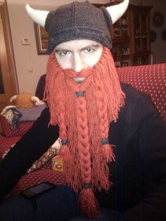 47 Ideas for crochet beanie with beard libraries Diy Crochet Pillow, Crochet Baby Mittens, Crochet Kids Scarf, Crochet Baby Pants, Crochet Slippers, Crochet Clothes, Knit Crochet, Crochet Hats, Crochet Viking Hat