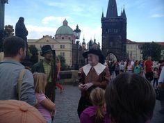Karlsbrücke in #Prag - #vitrip #travelontoast #piaiatraveling
