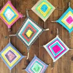 This summer has been flying by! We haven't made much of a dent in our summer crafts list, I'm afraid. There is still time, though. One craft we did make