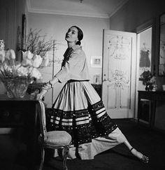 Fashion model, Betty Thrett 1949    Image by © Genevieve Naylor/CORBIS