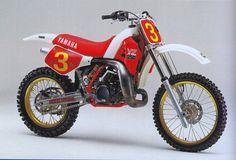 YAMAHA YZM 250 1986