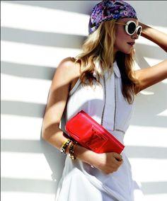 """Confiram as fotos da coleção verão 2012 da Louis Vuitton. A marca escolheu a modelo e socialite Poppy Delevigne para estrelar a sua campanha. já falamos dela por aqui no """"Queridinhas da Moda"""", lembram?! Fotos: Reprodução"""